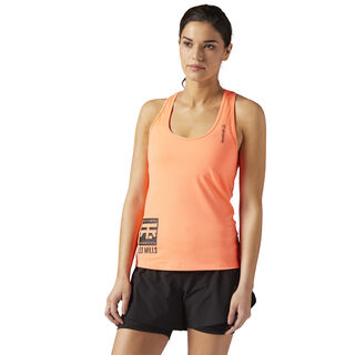 LES MILLS BODYCOMBAT™ Racerback Tank Guava Punch CE6804